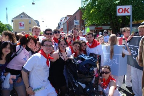 De San Fermín con nuestro colega Drenthe y muchos enchufaos