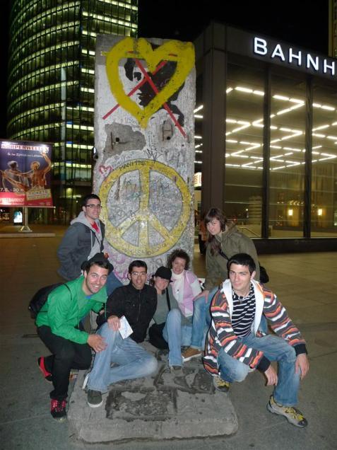 Trozo de muro de Berlín en Potsdamer Platz